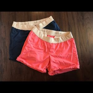 Gap maternity shorts size 12